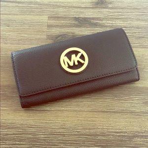 NWT Michael Kors Fulton Wallet